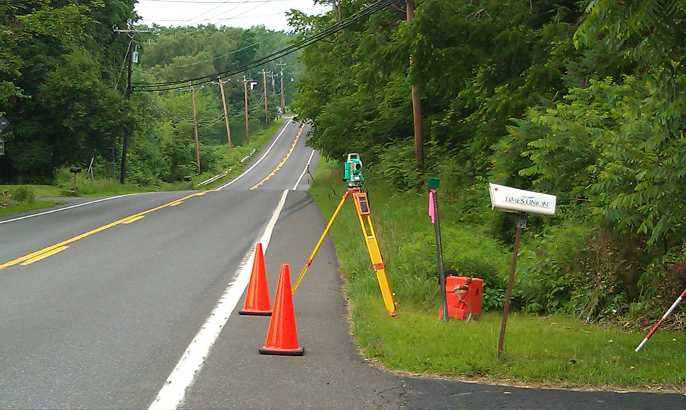 Roadside - Sardo Land Surveying project